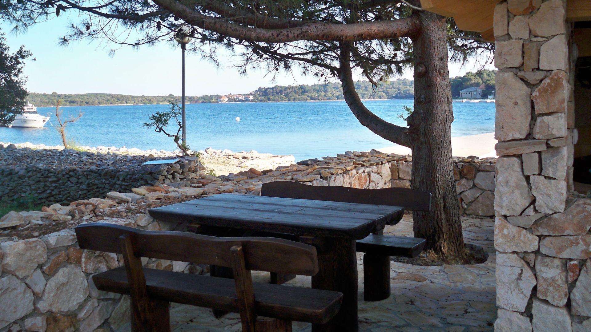 restaurant-grill-dugi-otok-croatia (3)