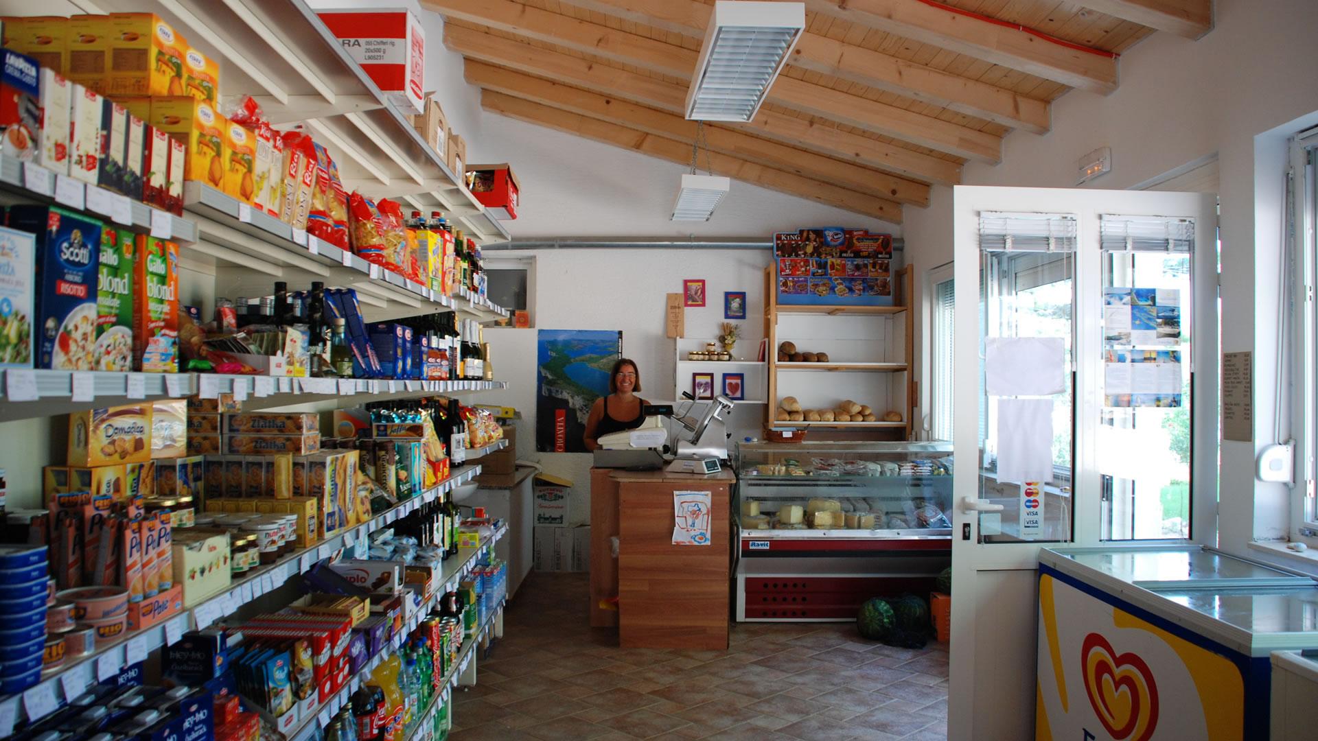 market-dugi-otok-croatia
